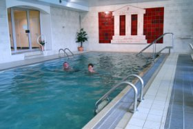 Indoor swimming pool © Hotel Südpfalz Terrassen