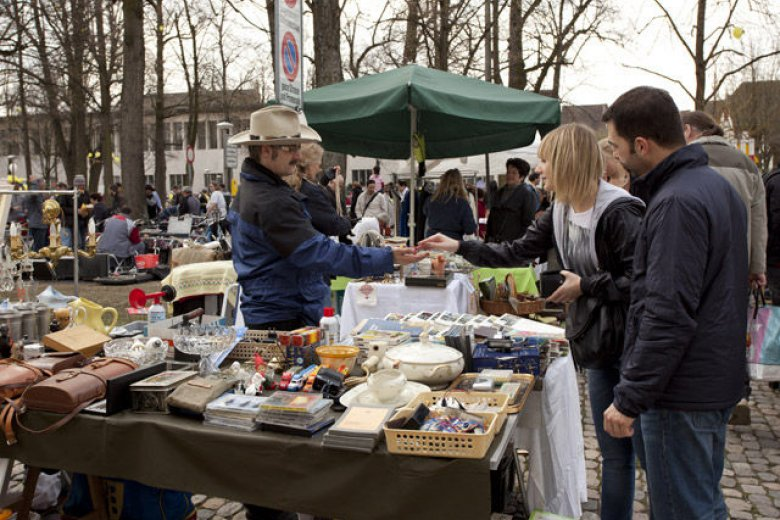 Flohmarkt_petersplatz_01_front_large